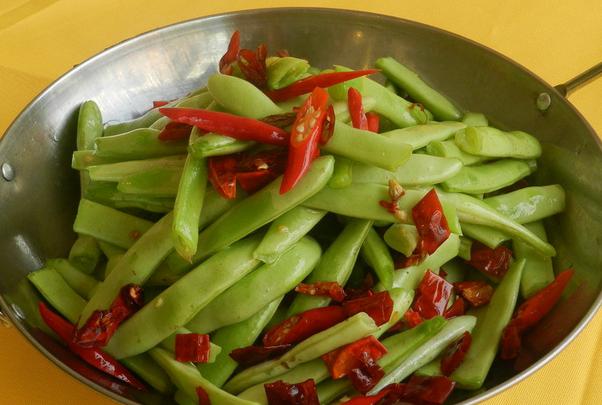 果蔬百科吃四季豆要注意什么